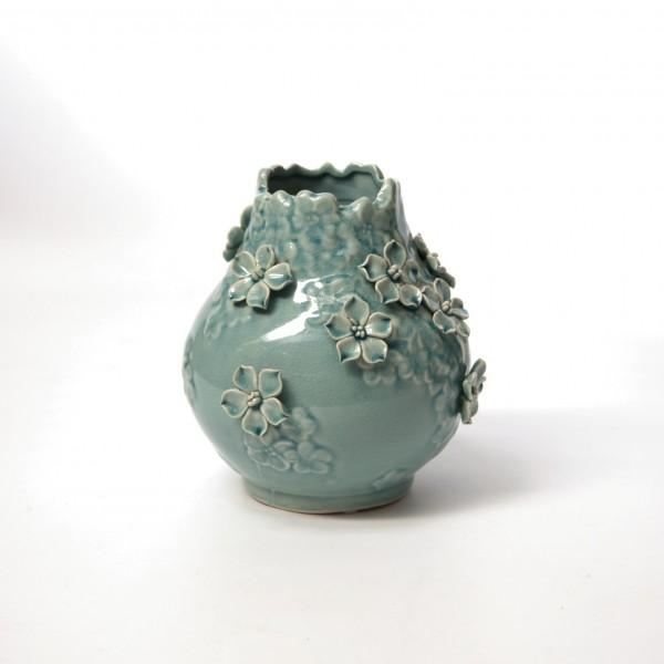 """Vase """"Thunbergia"""", mit handmodellierten Blüten, türkis, Ø 19 cm, H 20 cm"""