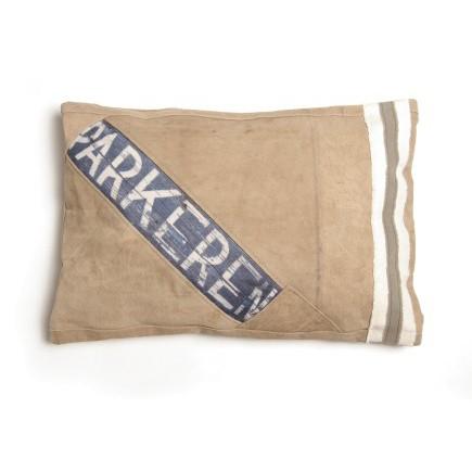 """Kissen """"Parginga"""" im Vintage-Look, gefertigt aus alten Militärzelten, L 40 cm, B 60 cm"""
