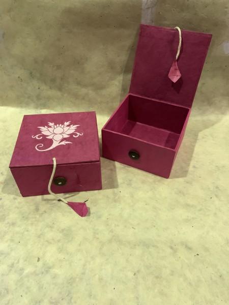 Lokta Box Lotus, pink, T 11 cm, B 11 cm, H 5,5 cm