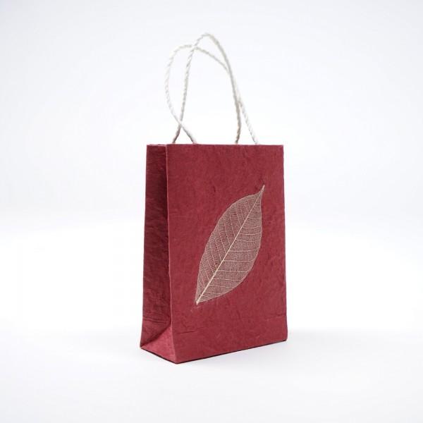 Tasche aus handgeschöpftem Papier, rot, B 11 cm, H 16 cm