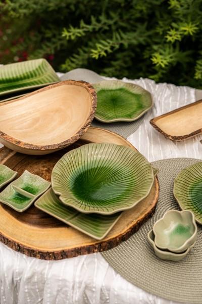 Schüssel 'Blatt', grün, L 21 cm, B 11 cm