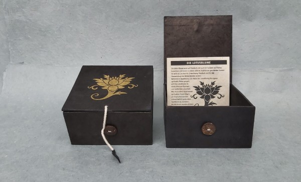 Lokta Box Lotus, schwarz, T 11 cm, B 11 cm, H 5,5 cm