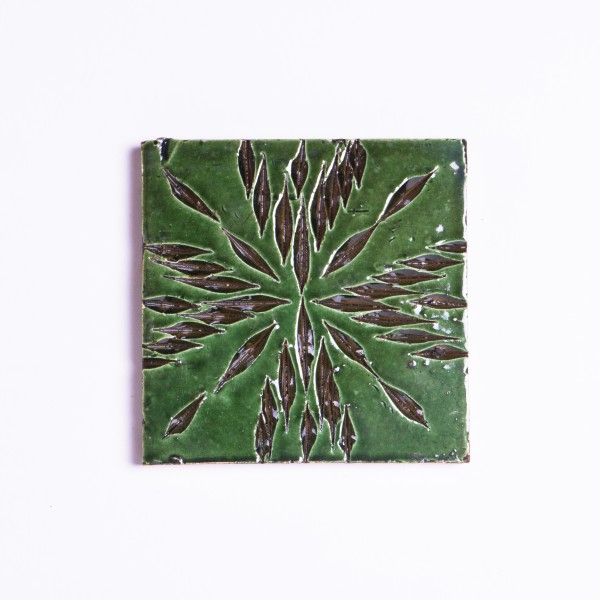 handglasierte Kachel 'Fleur vert', grün, L 10 cm, B 10 cm