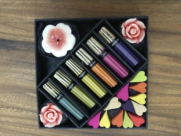 Räucher-Box 'Rose' mit Chaba-Halter, multicolor, T 16,5 cm, B 16,5 cm, H 2,8 cm