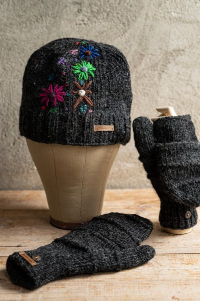 Handschuhe grau, handgestrickt in Nepal