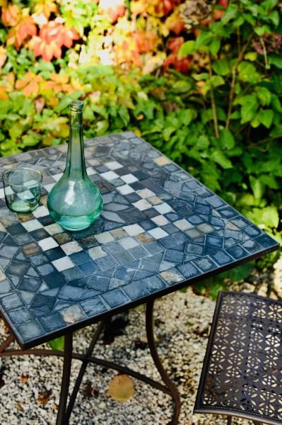Mosaiktisch aus Naturstein, grau, braun, L 61 cm, B 61 cm, H 71 cm