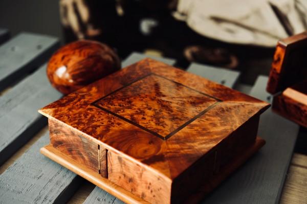 Thuja Secret Box, T 18 cm, B 18 cm, H 6 cm