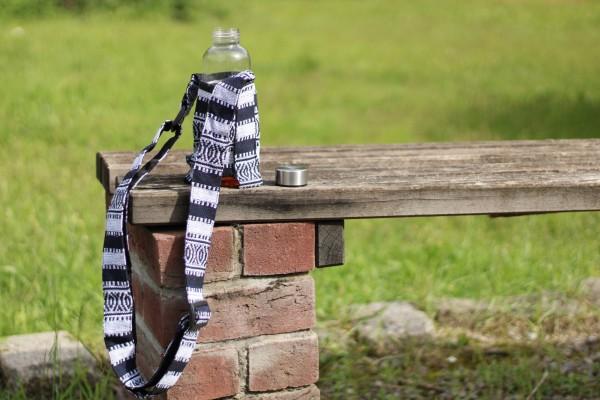 Flaschenhalter Nepalstyle, schwarz, weiß, Ø 8 cm, H 20 cm