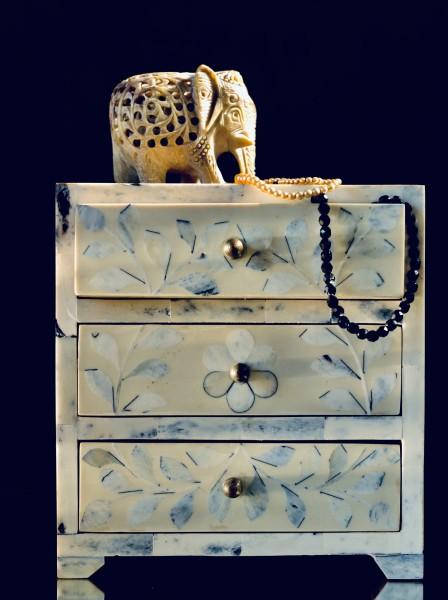 Truhe 'Loja', klein, 3 Schubladen, natur, navy, T 19 cm, B 12 cm, H 20 cm
