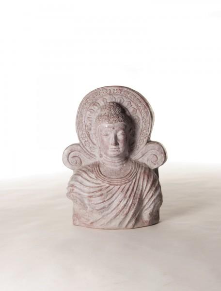 Buddha 'Heilig', terrakotta, T 16 cm, B 48 cm, H 60 cm