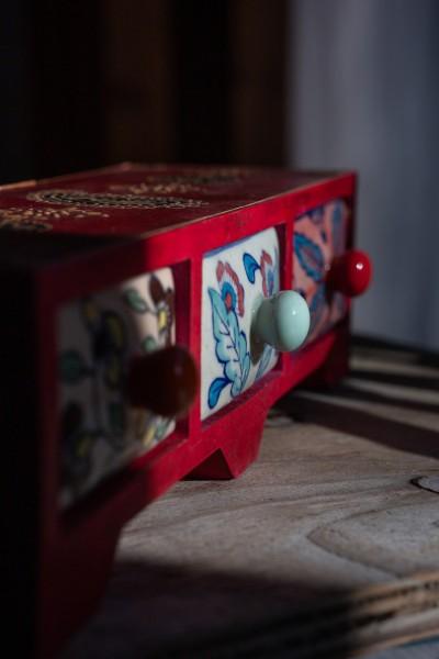Schmucktruhe mit 3 Schubladen, weinrot, L 11 cm, B 35 cm, H 10 cm