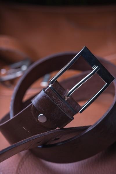 Ledergürtel S, dunkelbraun, T 85 cm, B 4 cm