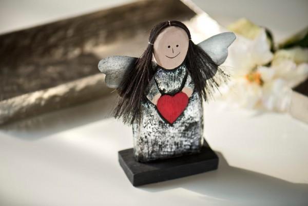 Engel stehend, schwarz, B 13 cm, H 15 cm