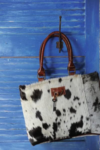 """Umhängetasche """"Cow"""", aus Leder, weiß/braun, B 37 cm, H 25 cm"""