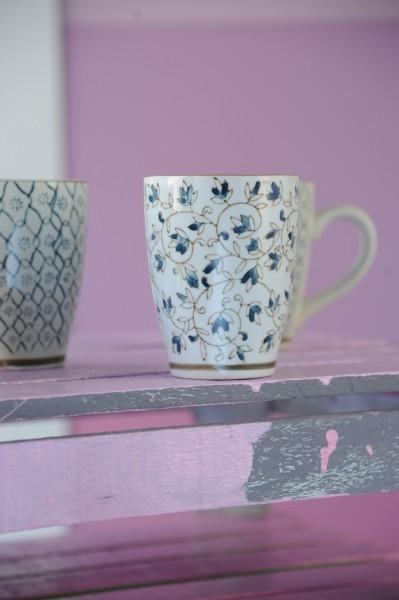 Tasse Gordes 'Ranke', weiß/blau, H 12 cm, Ø 9,5 cm