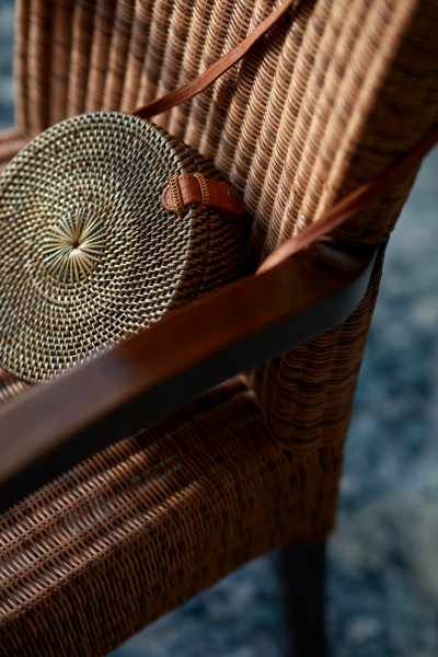 Rattantasche rund mit Schulterriemen, natur, Ø 20 cm, H 7 cm